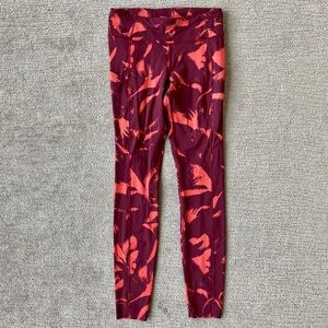 """Lululemon fast and free tights red coral 28"""" sz 8"""